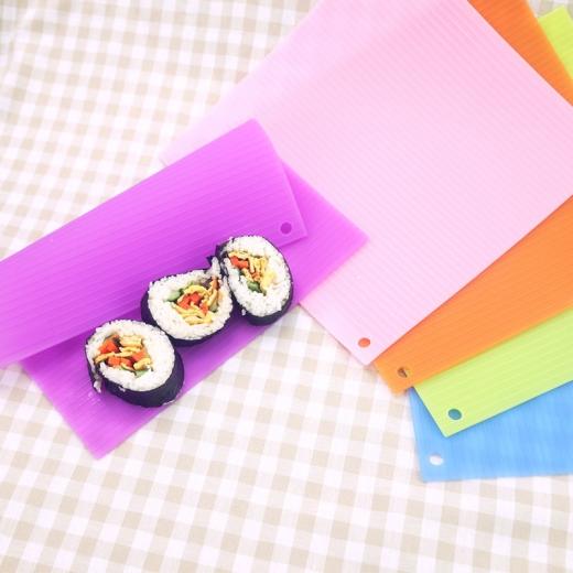 Silicone sushi pad
